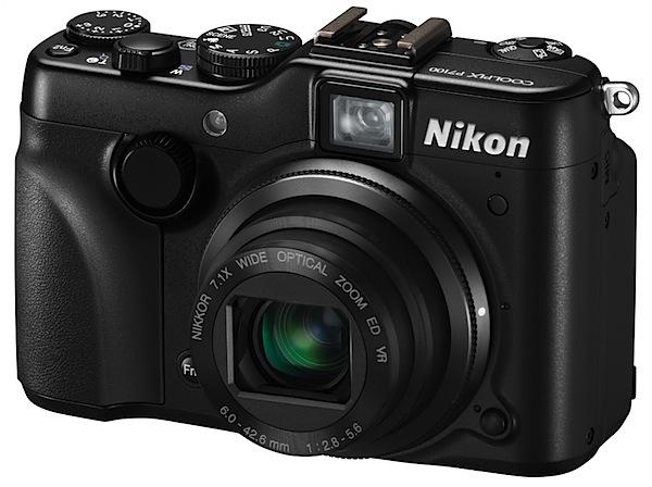 Nikon Coolpix P7100 front.jpg