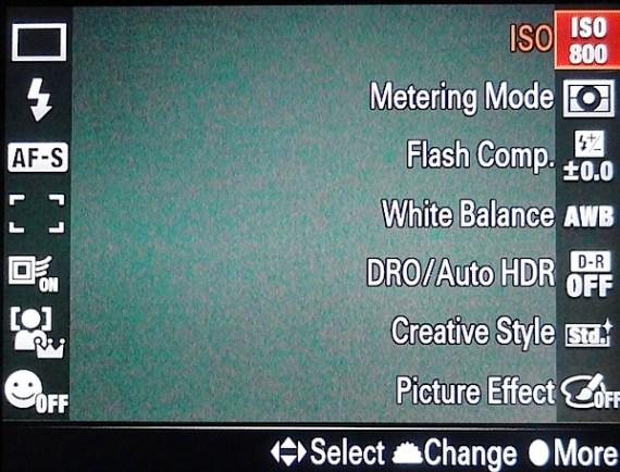 索尼Alpha-SLT-A6503.jpg