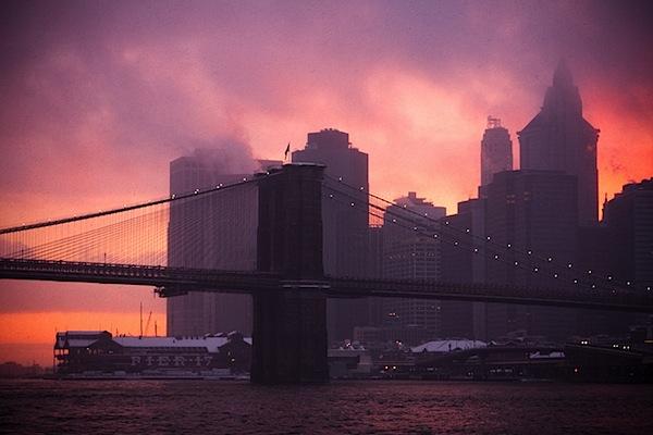 3 - brooklyn_bridge_snowstorm_sunset.jpg