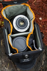 LowePro S&F Camera Exchange AW Bag 100 [REVIEW]