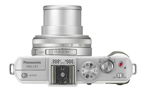 Panasonic Lumix DMC-LX7 Review Top.jpg