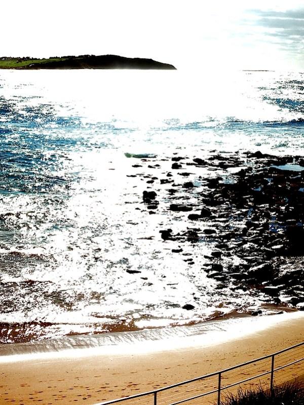 Backlit sea 2.JPG