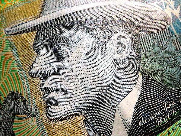 $10 note.jpg
