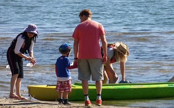 家庭和皮划艇1.JPG