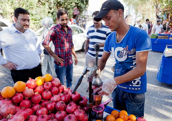 Photographing People-Kav Dadfar-Turkish Street Vendor