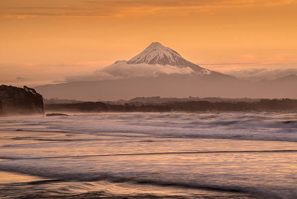 Sunset Over The Mount Egmont From Wai Iti Beach Taranaki Coast New Zealand By Sarah Post Processing Doesnt Always Have To Be Complex Effective