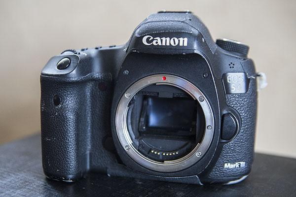 Used camera 04
