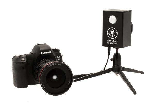Turn your DSLR Camera into a Wildlife Camera Trap
