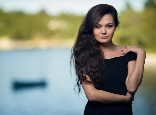 How to mix ambient light and fill flash for outdoor portraits malia1 aloadofball Choice Image