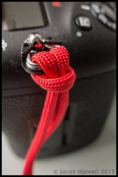 Paracord-wrist-strap-close-up