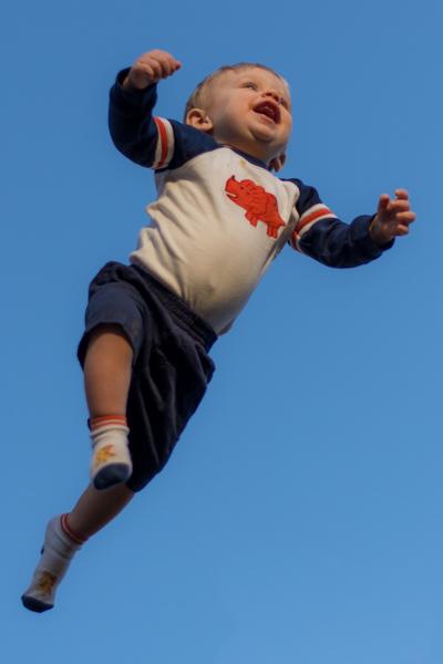 baby-flying