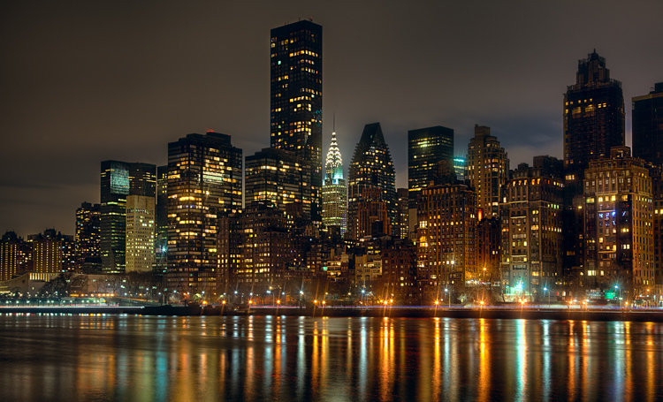 Great Subjects for Urban Night Photography - NYC skyline example