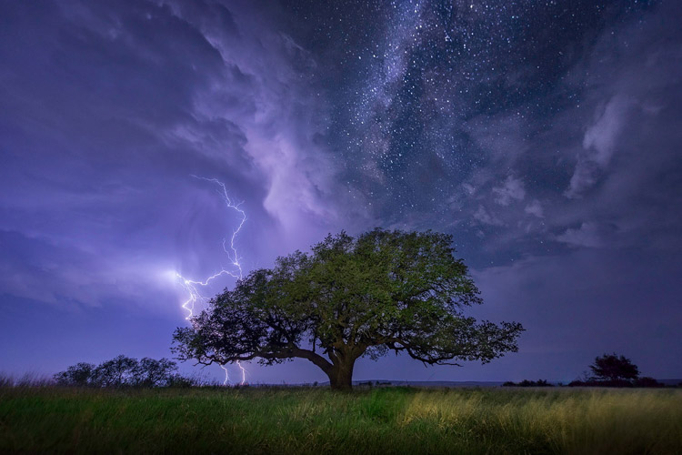storm-chasing-article-13