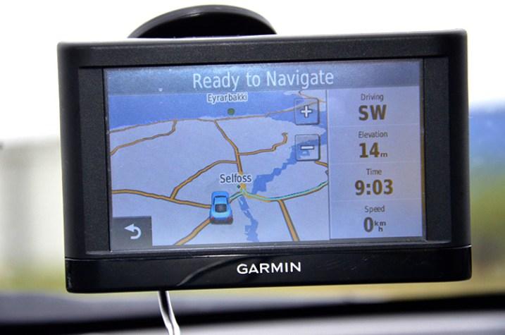 Iceland car GPS 750 px