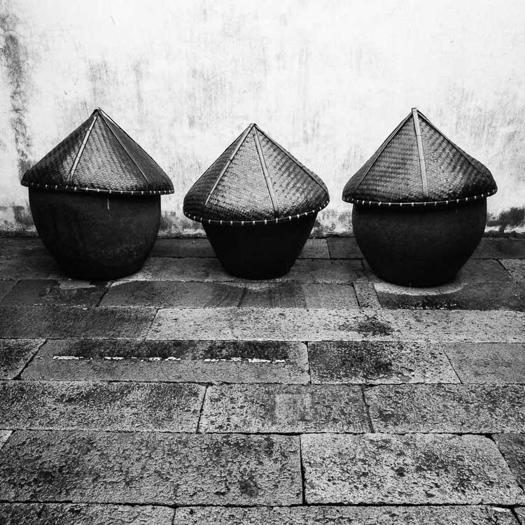 Fotografia em preto e branco em formato quadrado