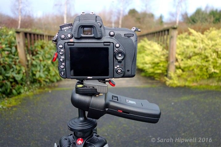 Camera-in-horizontal-mode
