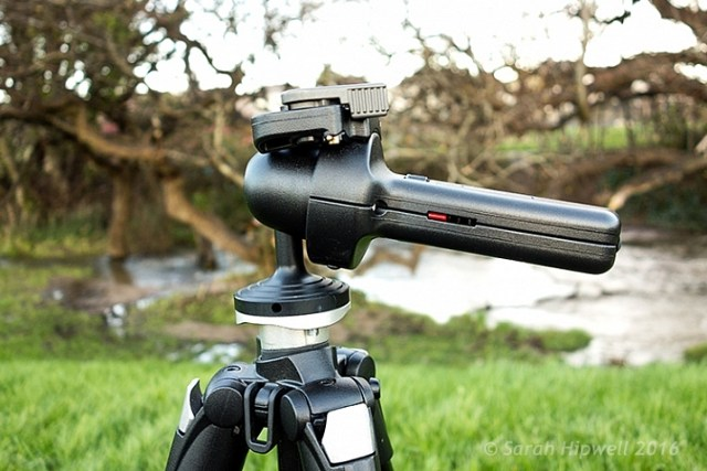 Manfrotto-322RC2-Joystick-head-in-horizontal-position