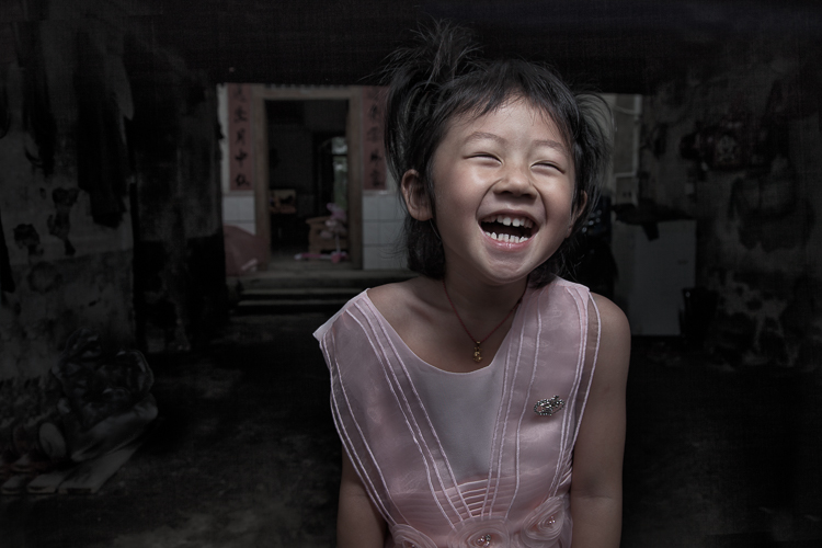 girl laughing wide-angle portrait