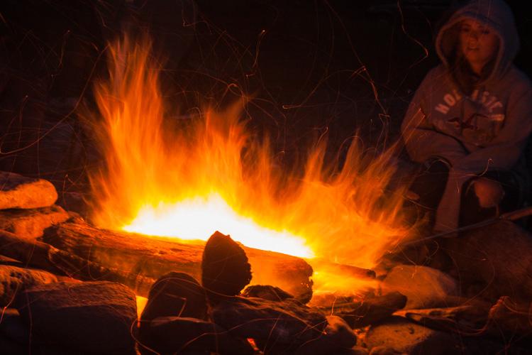 foto de longa exposição de fogo