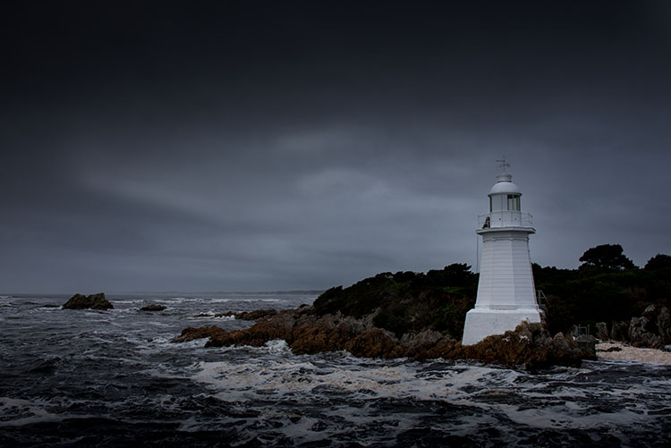leannecole-winter-photography-hellsgate-lighthouse