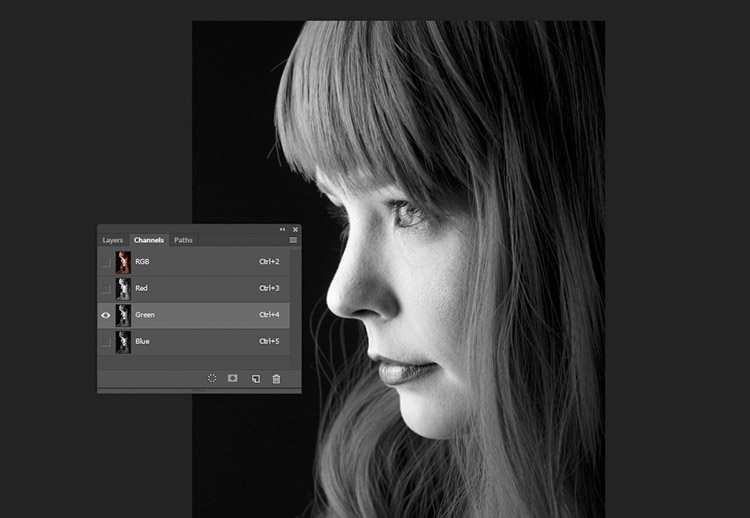 black-and-white-conversions-in-photoshop-channels-grenchannel