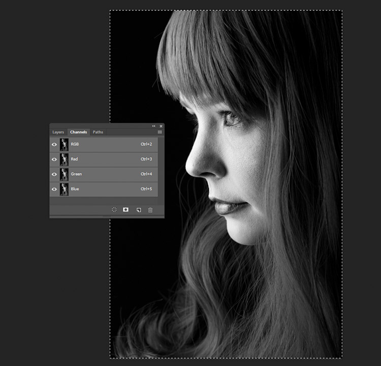 black-and-white-conversions-in-photoshop-channels-pasted