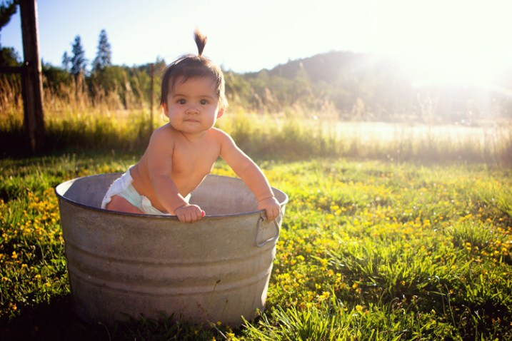 photograph-babies-outdoors