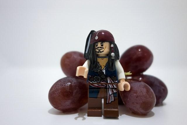jack-sprat-with-grapes
