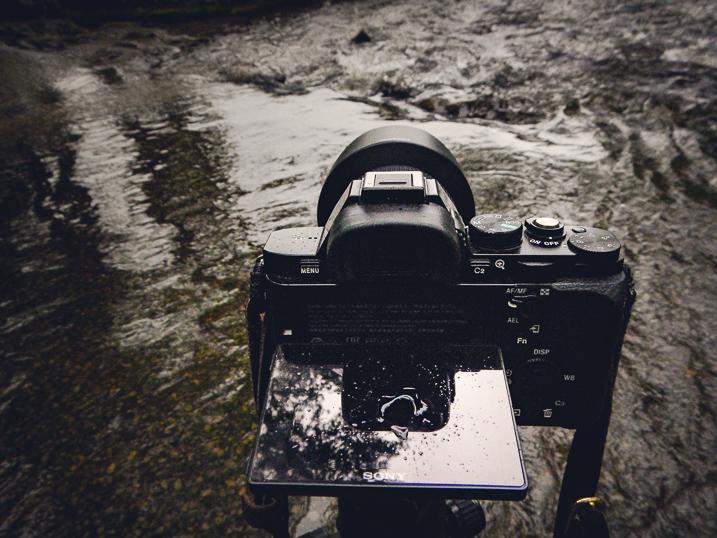 sony-a7r-camera-4.jpg
