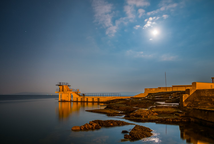 Capturing night time landscapes