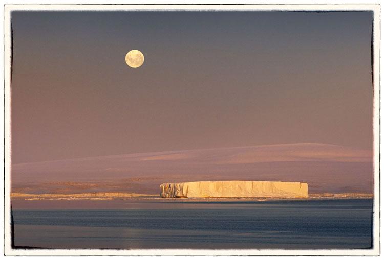 Peter Eastway Weddell Moonrise