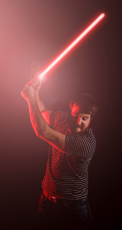 https://i2.wp.com/digital-photography-school.com/wp-content/uploads/2017/03/lightsaber-red-color-flash.jpg?resize=399%2C750&ssl=1