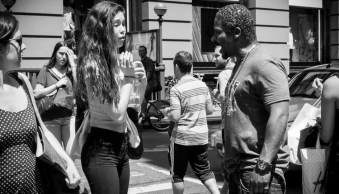 7 Ways to Become More Spontaneous with Your Street Photography