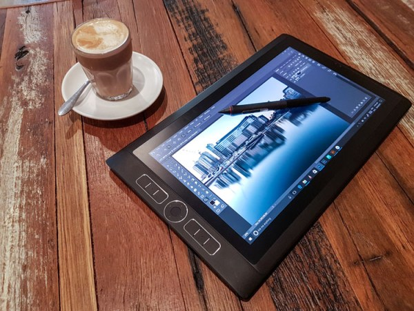 Overview of the Intuos Pro Wacom Tablet and the MobileStudio Pro for Post-Processing