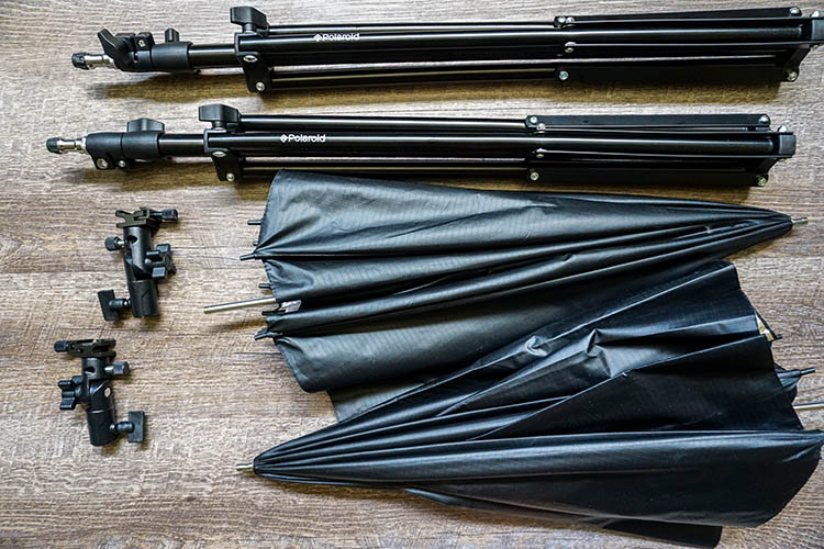 Review of the Polaroid Pro Studio Digital Flash Umbrella Mount Kit