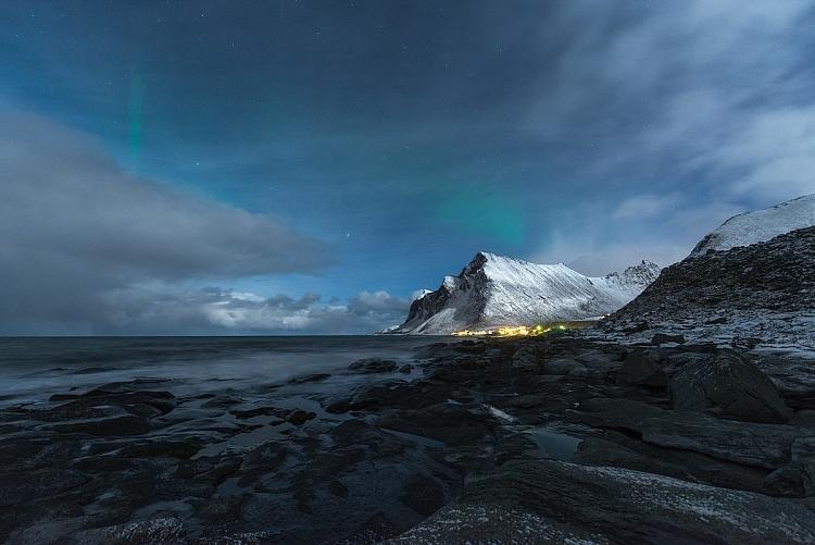 céu estrelado fotografia noite montanha e aurora boreal