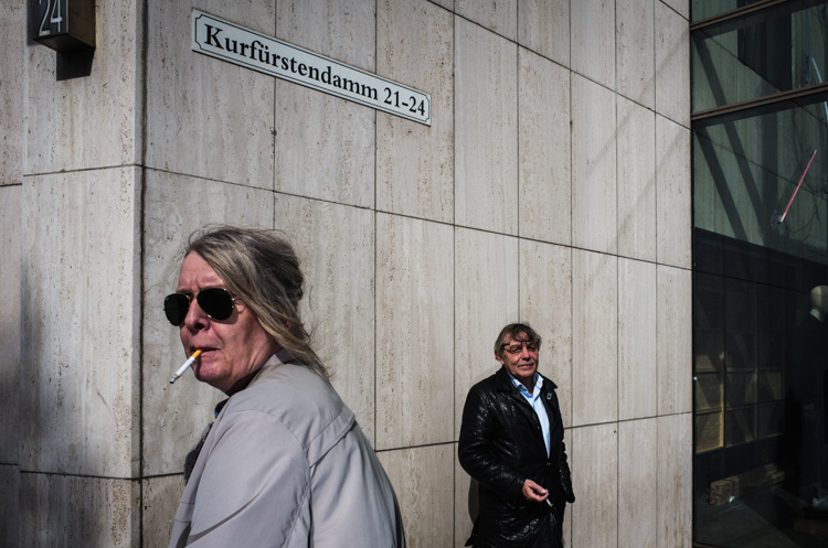 Decisive moment street photography 05