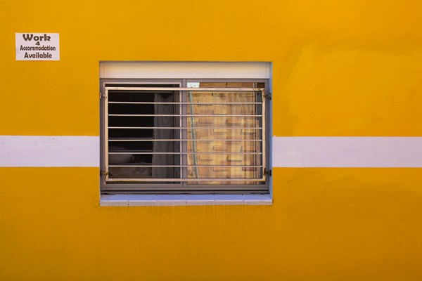 Tips for Minimalist Photography in an Urban Environment