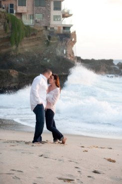 Engagement-photos-tips-0001.jpg
