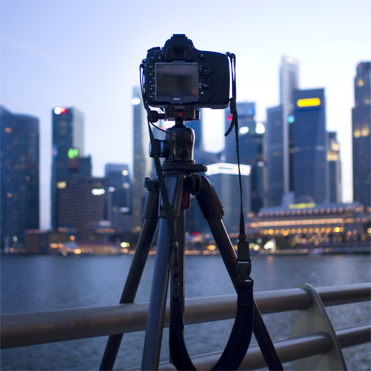 https://i2.wp.com/digital-photography-school.com/wp-content/uploads/2018/01/tripod.jpg?resize=750%2C750&ssl=1