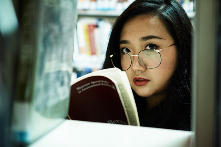 5 Creative Indoor Portrait Locations for When the Weather is Blustery - library