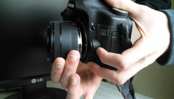 Creative Macro Photography – A Guide to Freelensing