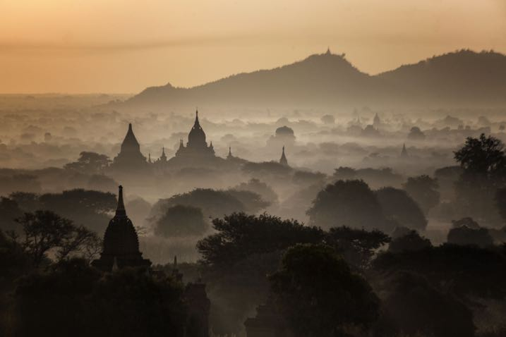temples of Bagan Myanmar at dawn - 7 Great Reasons to do Early Morning Photography