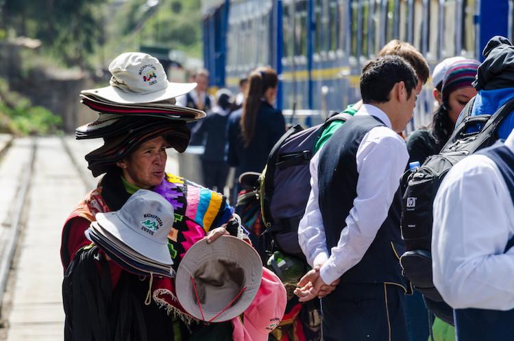 hat selling in Peru - take better photos