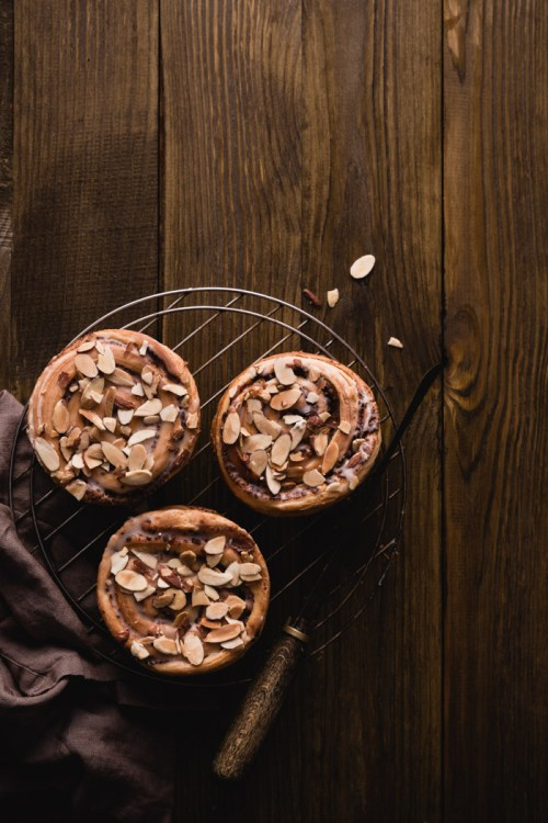 Are You Making These Five Food Photography Mistakes? - cinnamon buns