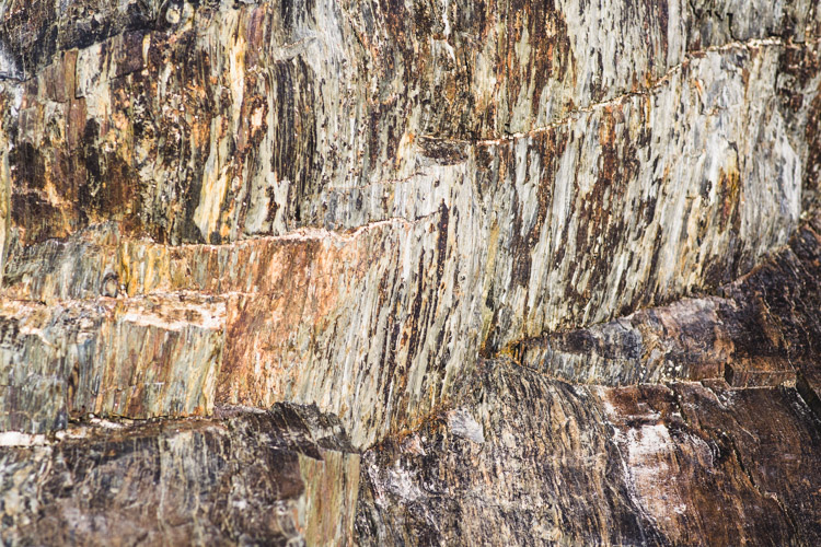 Rock details - Tips for Photographing Patterns in Nature