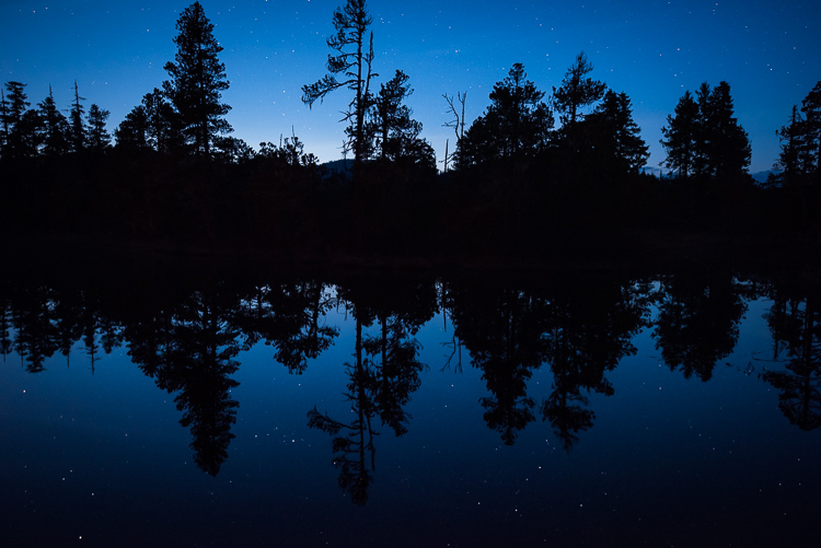 Review of the Sigma 14-24mm F2.8 Art Lens - blue hour 24mm