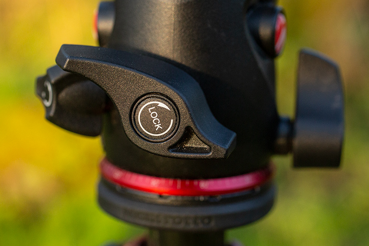 ball head controls - Review: Manfrotto 055 Carbon Fiber Tripod and XPRO Ball Head