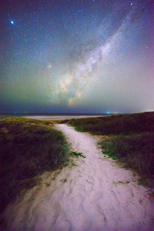 Milky Way beach photo - How to Reduce Digital Noise in Astrophotography Using Exposure Stacking