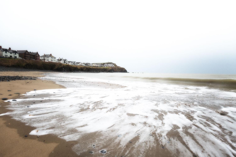 Create a Luminous Look - tide on the beach